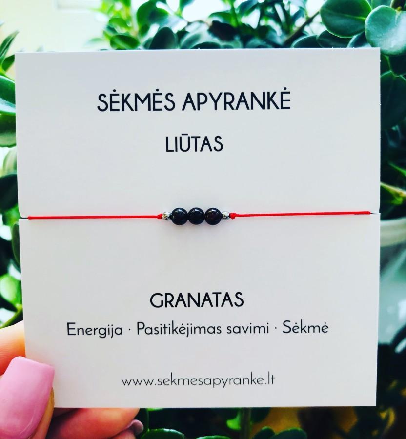 Sėkmės apyrankė LIŪTUI • Granatas • Raudonas siūlas